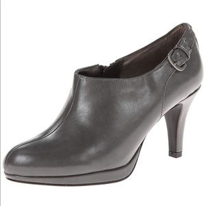 LifeStride Grey Faux Leather Booties